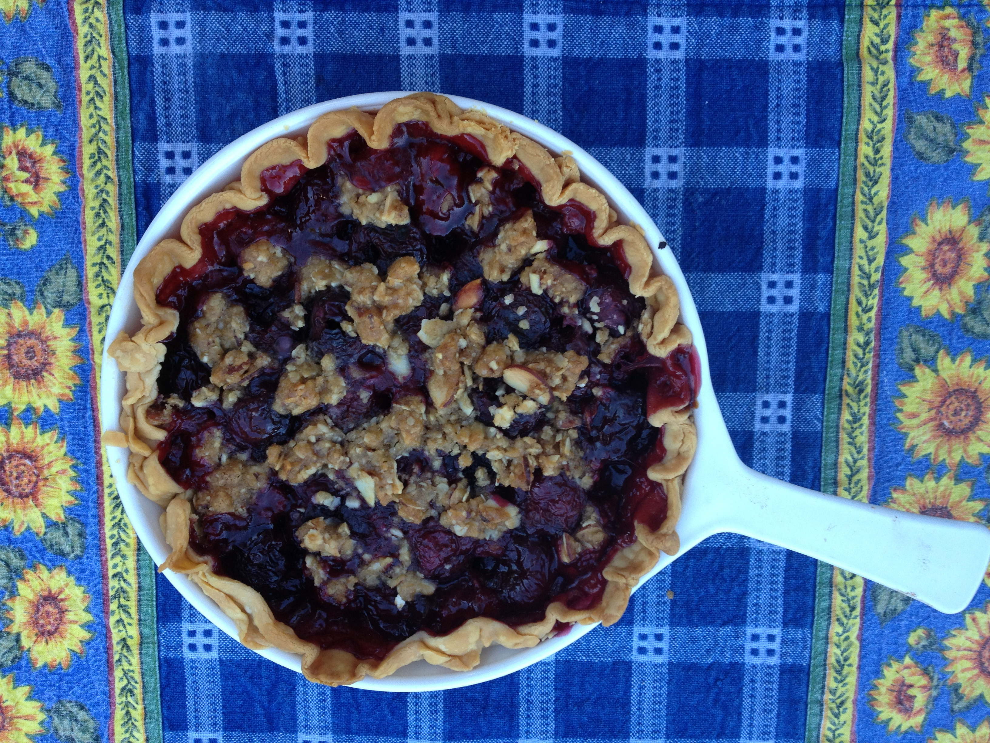 Cherry pie with almond crisp topping